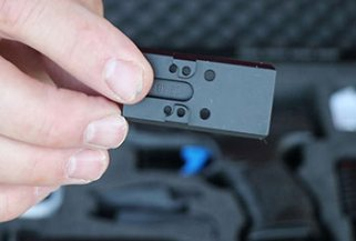 Walther Q5 MOS mounting plate