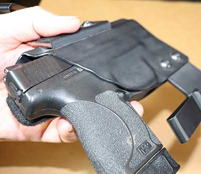 Clinger holster fit to S&W Shield