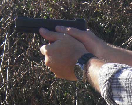 GLOCK 23 Two Hand Grip