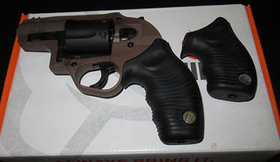 Taurus M605 Poly Grips