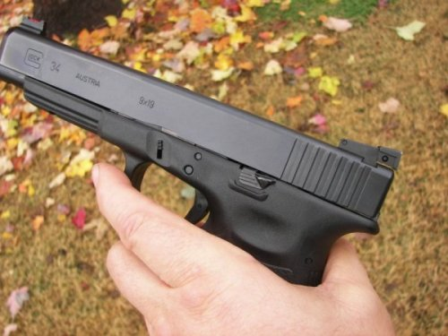 Control side view of the GLOCK 34 long slide pistol