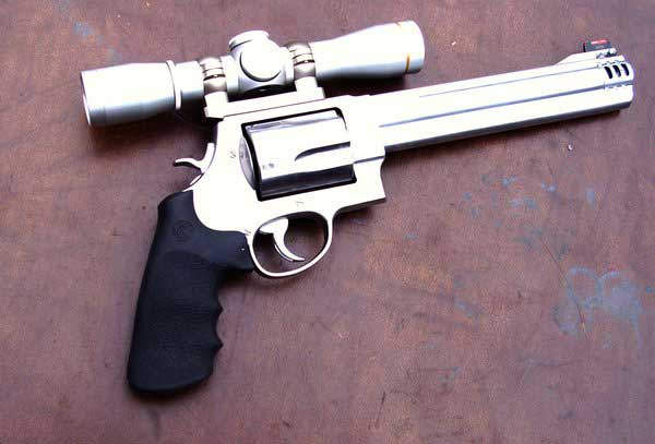Smith and Wesson 500 Magnum Revolver with Scope